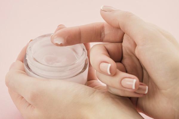 mejores cremas para prevnir y reducir las estrias