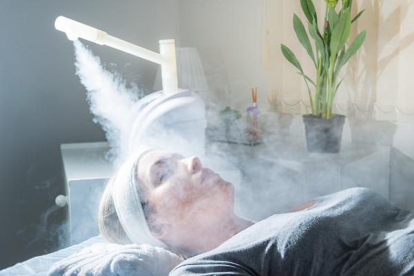 vaporizacion del rostro como tratamiento de belleza