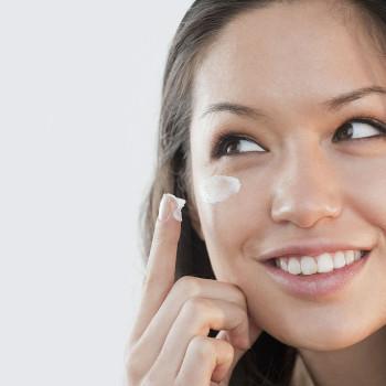 Por qué es necesario usar un contorno de ojos a partir de los 50