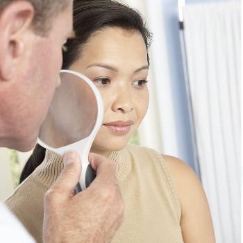 Ingredientes que deben tener las cremas antiarrugas según dermatologos